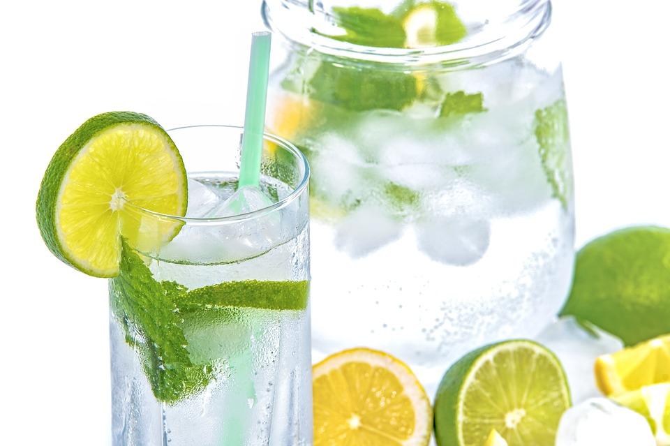 Agua Limón